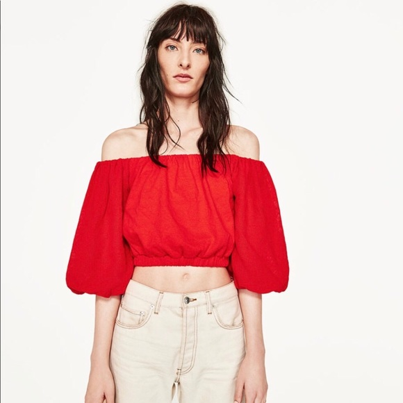 7ad98a6dce050 Zara Sz M red off the shoulder crop top. M 5ab7133636b9de9029bd156f